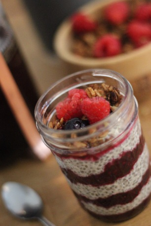 Chia seed and oat pudding